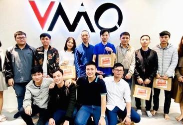 Công Ty Cổ Phần Công Nghệ VMO Holdings}