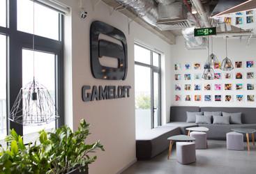 Gameloft Vietnam}